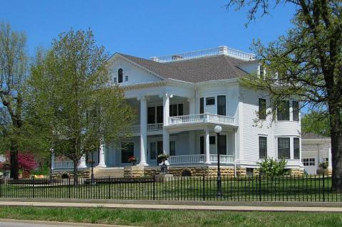 Seelye Mansion Abilene KS